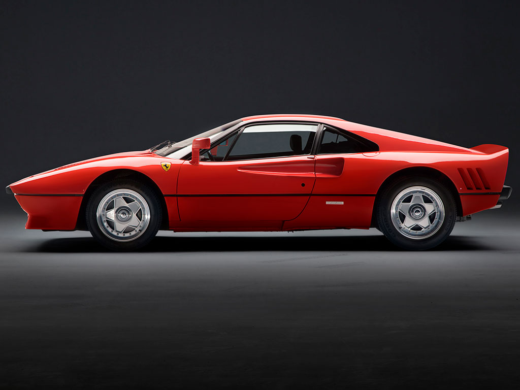 A gorgeous 1985 Ferrari 288 GTO is heading to auction (5)