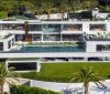 A luxury house is up for sale including 12 expensive cars for $250 million (3)