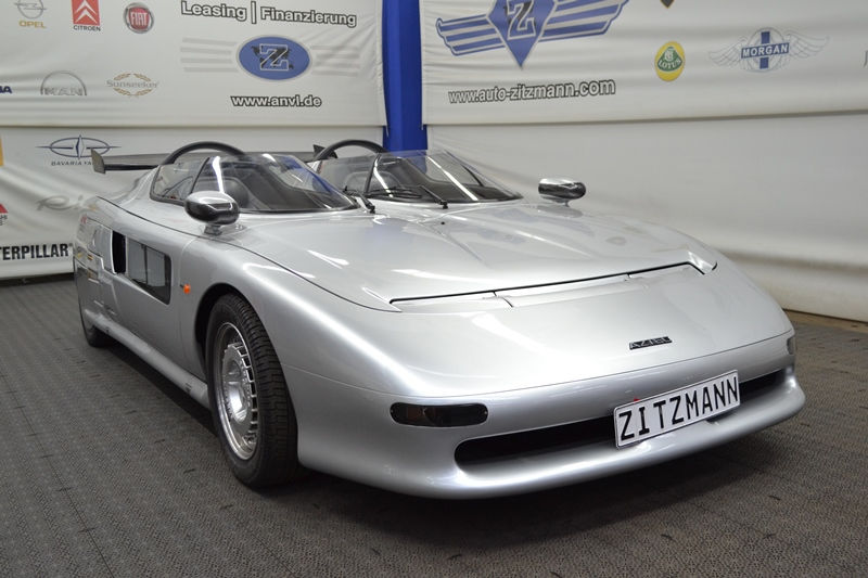 A very rare Italdesign Aztec is up for sale (1)