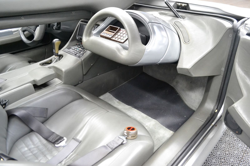 A very rare Italdesign Aztec is up for sale (4)
