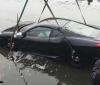 Ferrari F430 ends up in river in China (1)