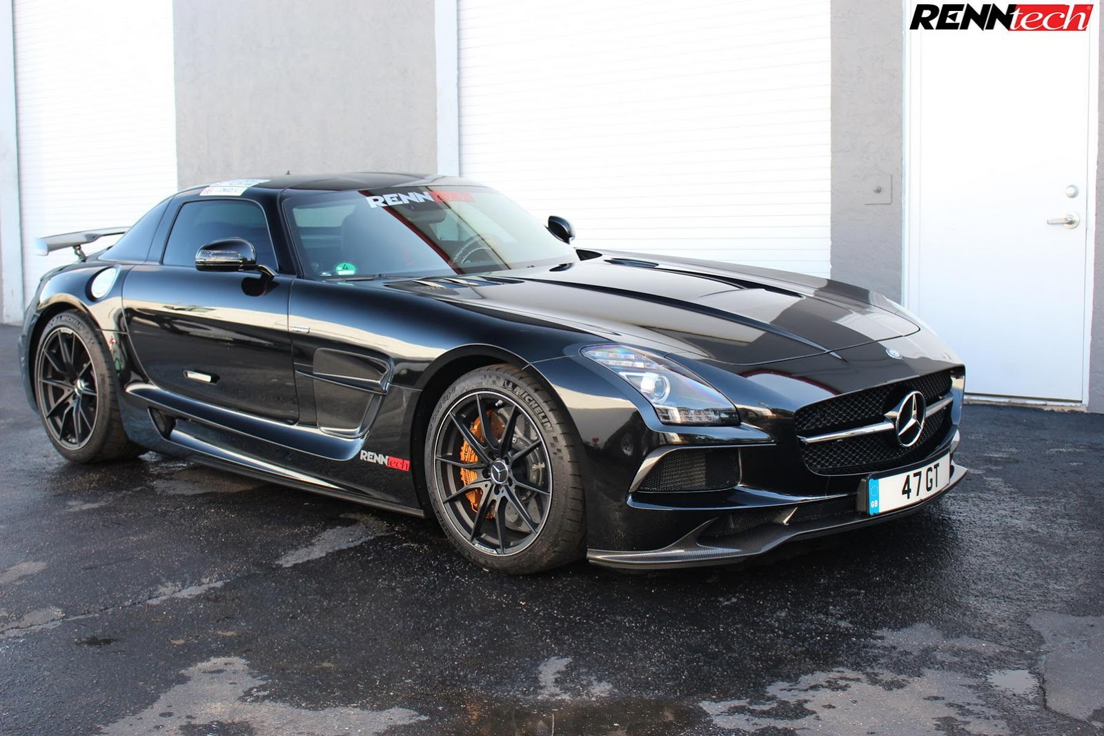 Mercedes benz sls amg black series by renntech for Mercedes benz amg black