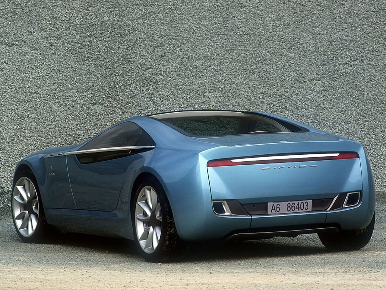 Bose Speakers For Cars >> Old Concept Cars Bertone Birusa Concept