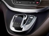 the-interior-of-the-mercedes-benz-v-class-6