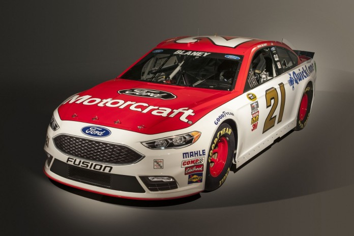 Ford presented the racing Fusion for this year's NASCAR