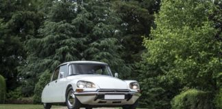 1973 Citroen DS Super 5 heads to auction