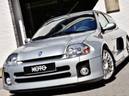 A beautiful 2002 Renault Clio V6 is up for sale