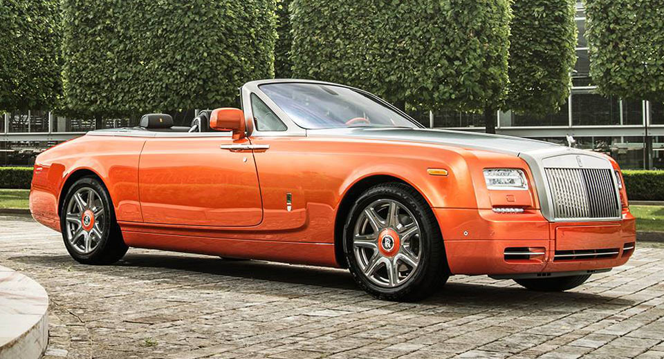 Rolls Royce Phantom Drophead Coupe Beverly Hills Edition