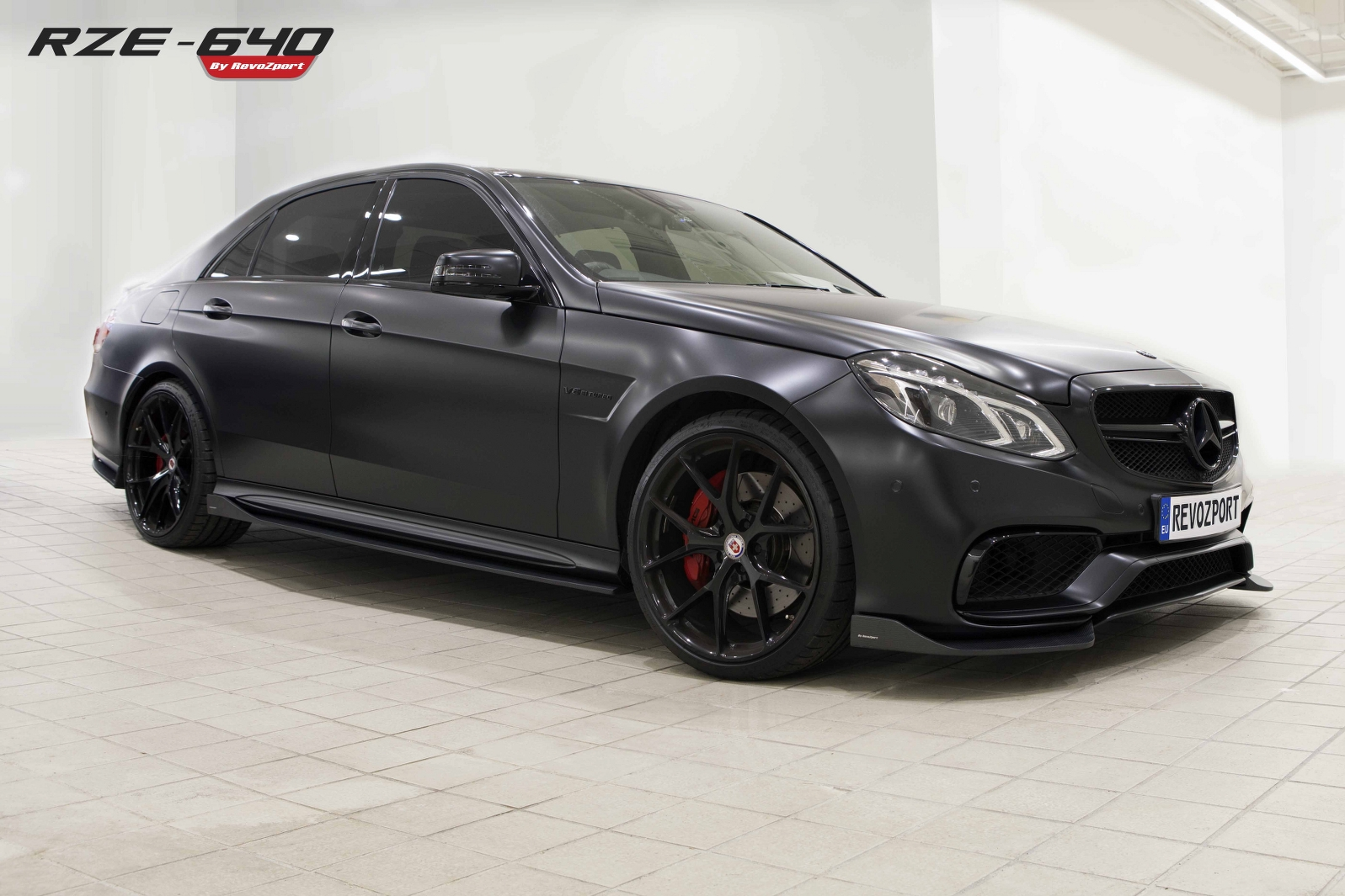 mercedes amg e 63 s by revozport. Black Bedroom Furniture Sets. Home Design Ideas