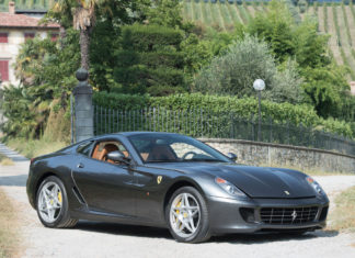 A manual Ferrari 599 GTB is eading to auction