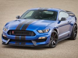 Ford is recalling 8,026 Mustang Shelby GT350 and GT350R