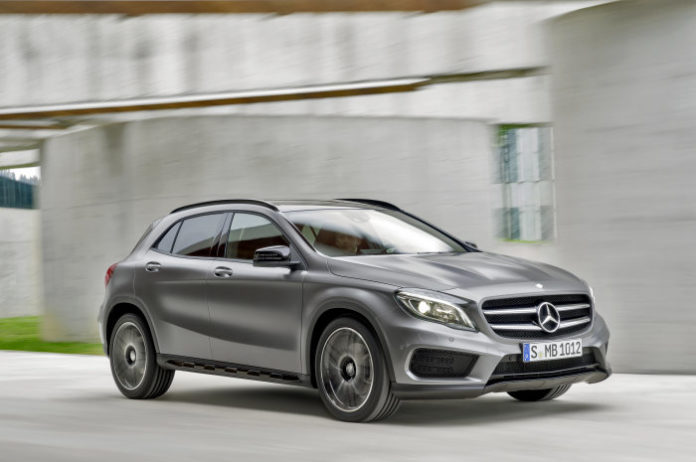 Mercedes will present the GLA facelift at the Detroit motor show