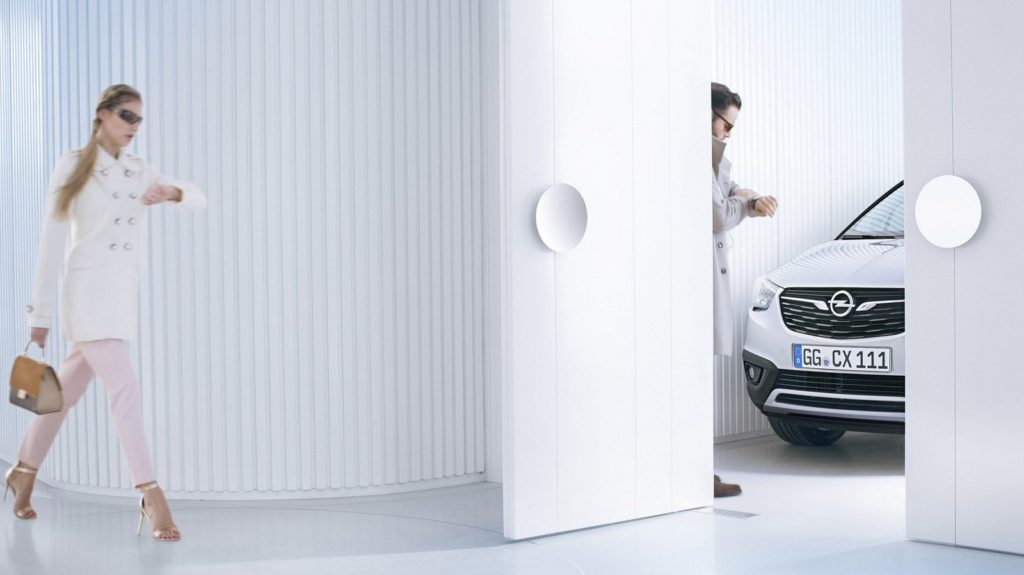 Opel teases the Crossland X