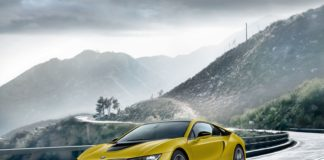 BMW i8 Protonic Frozen Black and Yellow editions