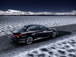 The Lexus LS 500h will be presented at Geneva