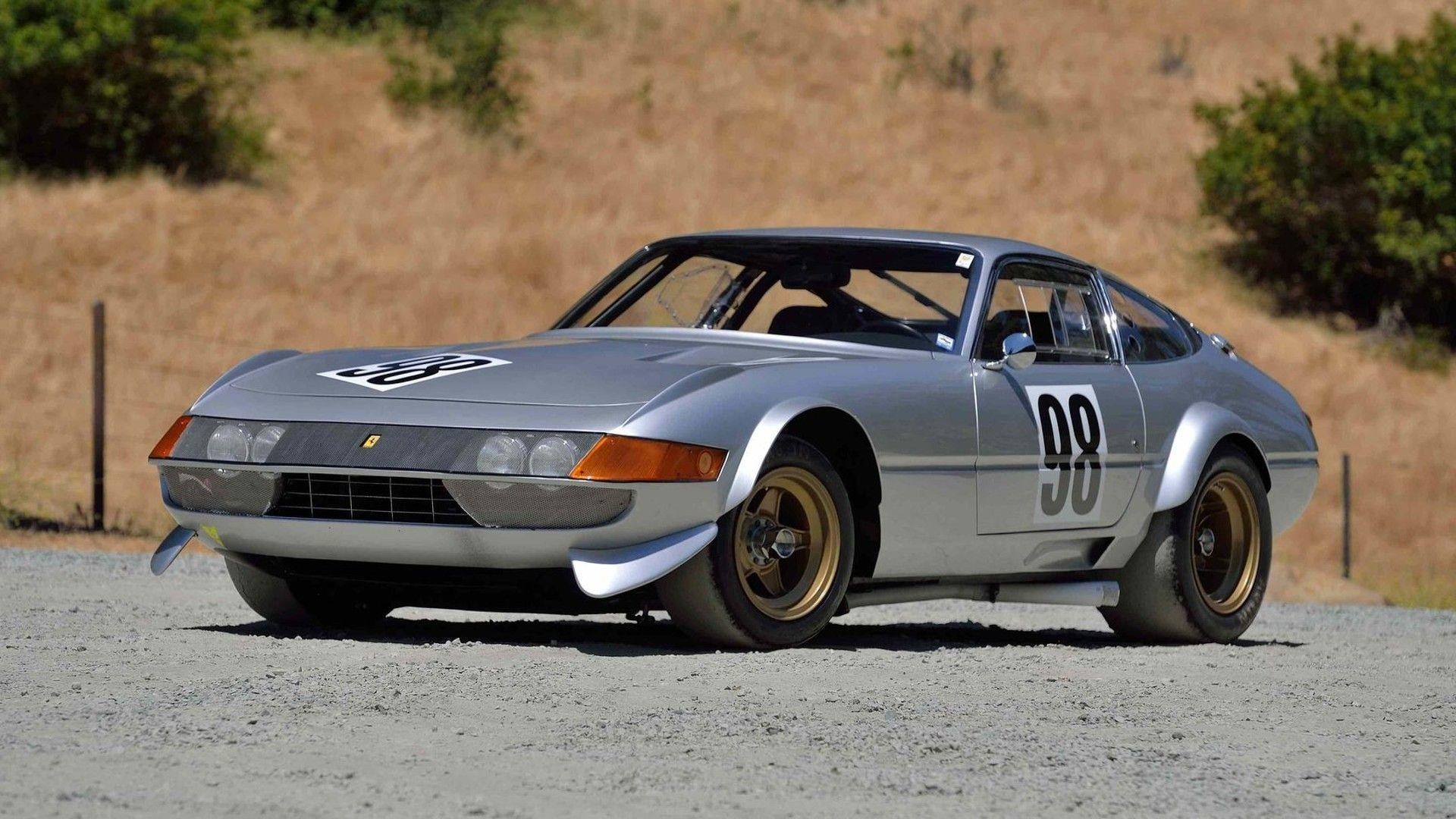 A 1971 Ferrari 365 Gtb 4 Daytona Competizione Is Heading