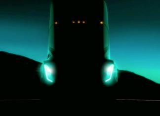 Tesla's Semi Truck will have a range of 200 to 300 miles