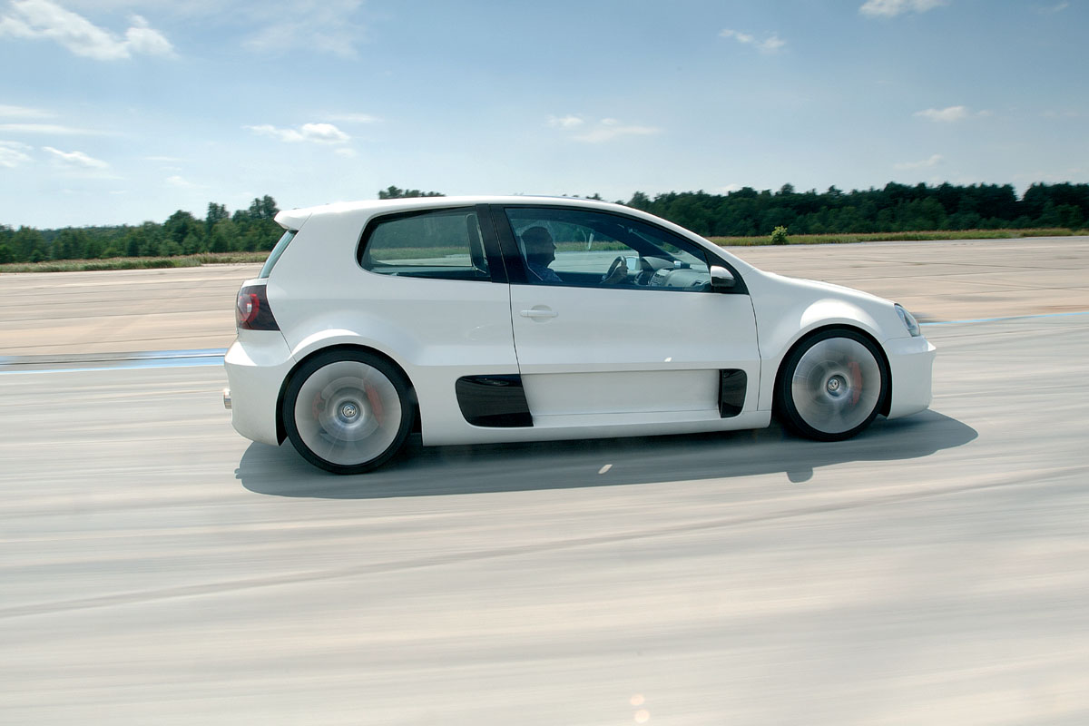 Old Concept Cars: Volkswagen Golf GTI W12 650